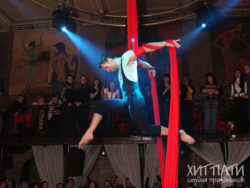Воздушный гимнаст